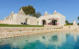 cv195_trulli-with-pool-puglia__001_n3q_oi79om-835×467